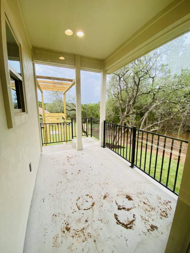 1020-Panorama-Unit-A-Back-Porch2