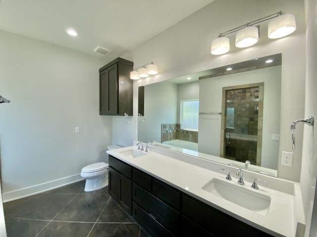 master-bath-vanities