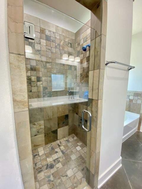 master-custom-shower