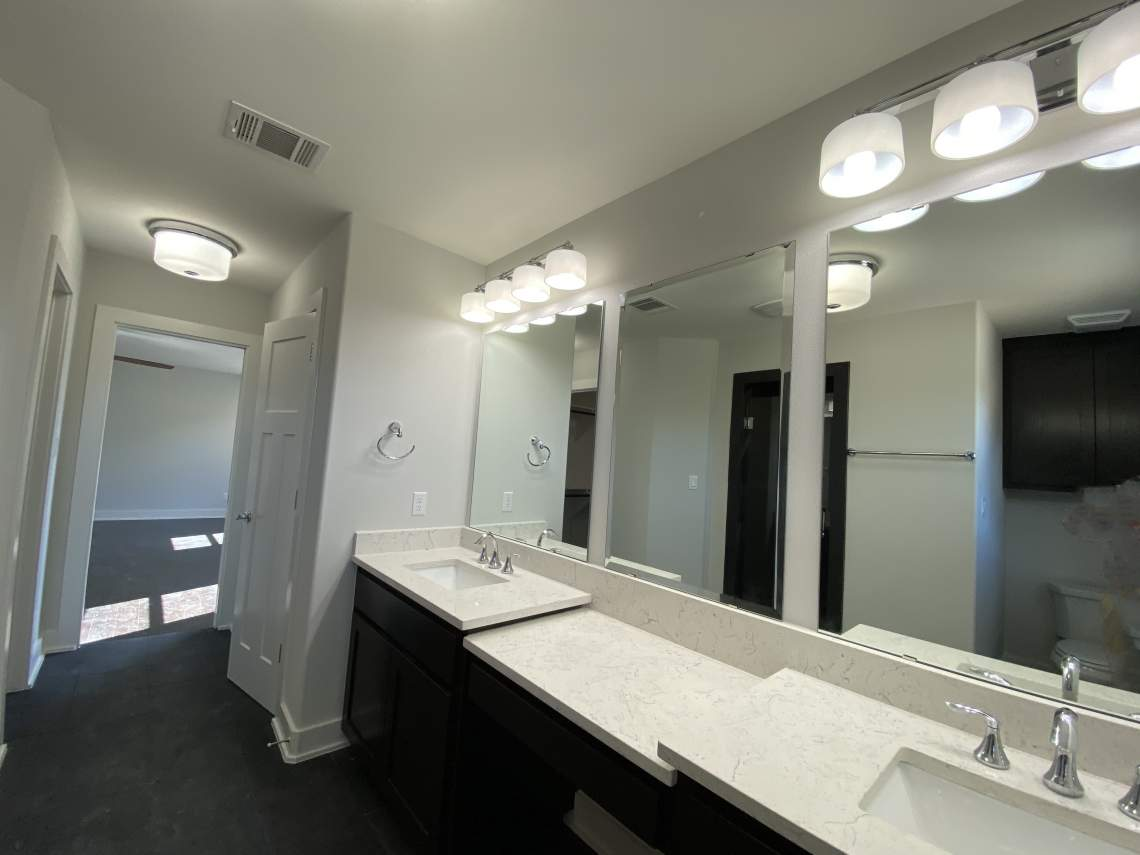 Master-Bathroom-Vanities