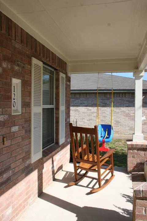 120 Spur Cove, Kyle- Front porch