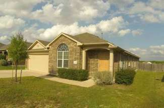 Amberwood home for sale – 1243 Cherrywood, Kyle.