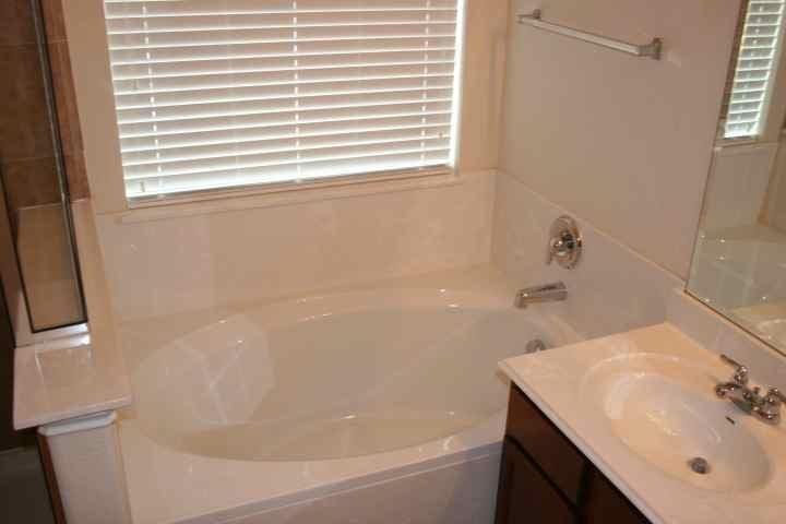 master soaker tub.JPG