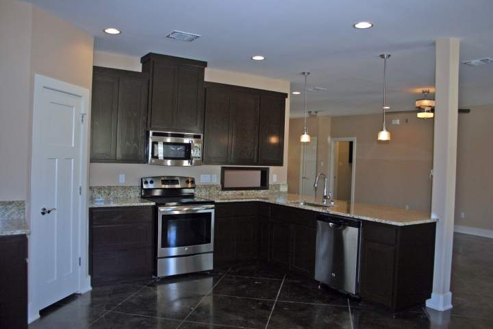 17508 Village Drive - high quality kitchen