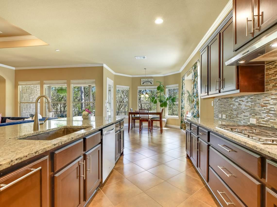 Kitchen-Breakfast - 1804 Valle Verde, Cedar Park, Leander TX 78641