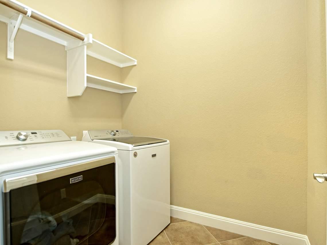 Laundry-  1804 Valle Verde, Cedar Park, Leander TX 78641