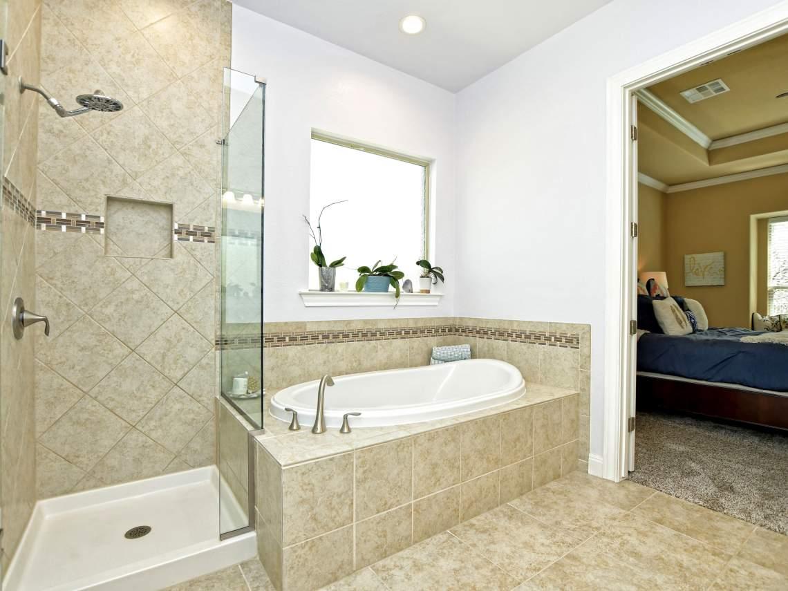 Main-Bathroom-2 - 1804 Valle Verde, Cedar Park, Leander TX 78641