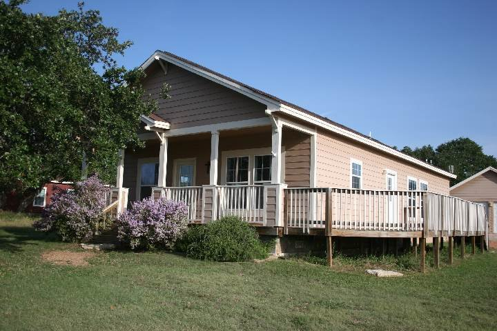 Large deck - 255 Heatherwood Drive
