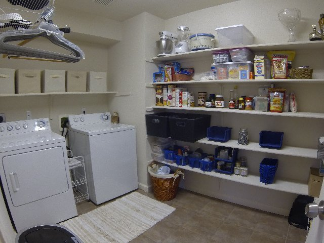 Laundry-Pantry