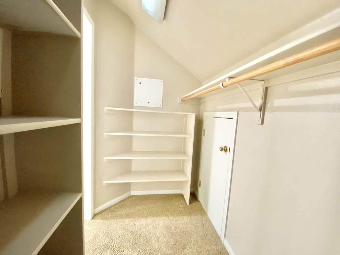 Master-bedroom-2nd-closet