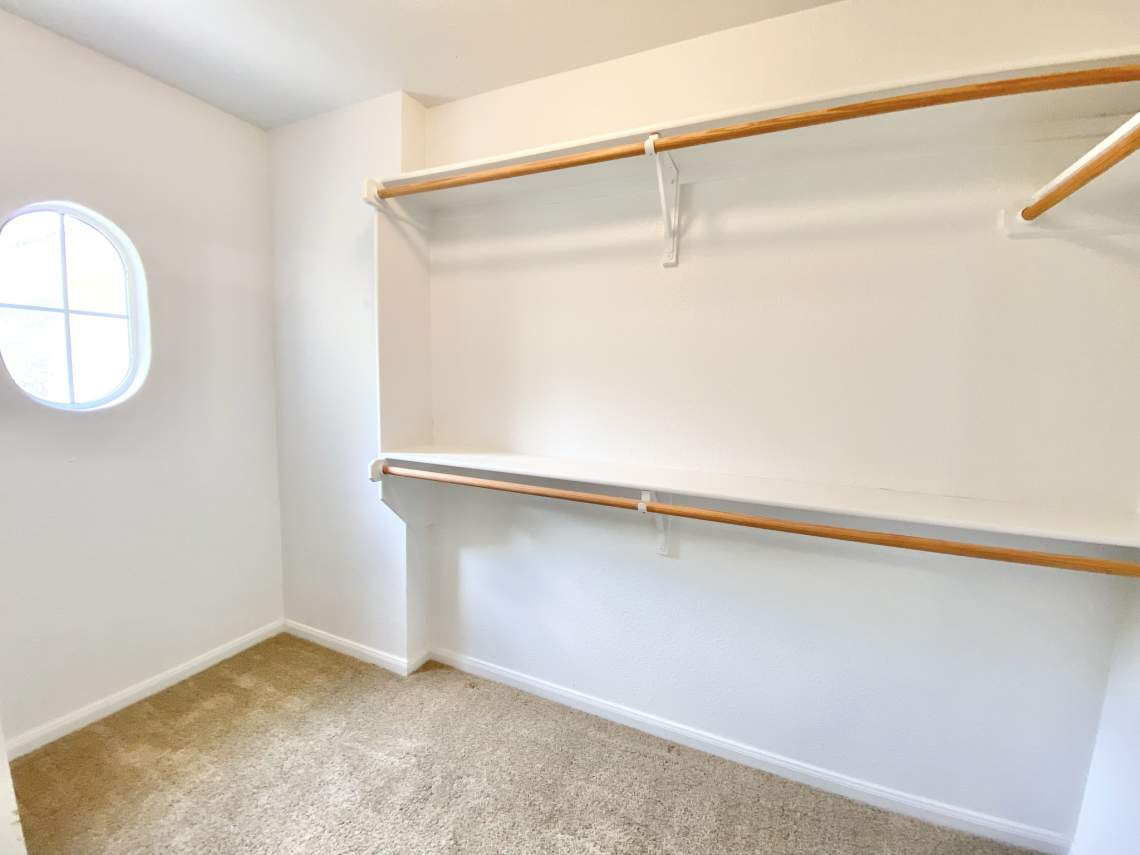 Master-bedroom-Closet1