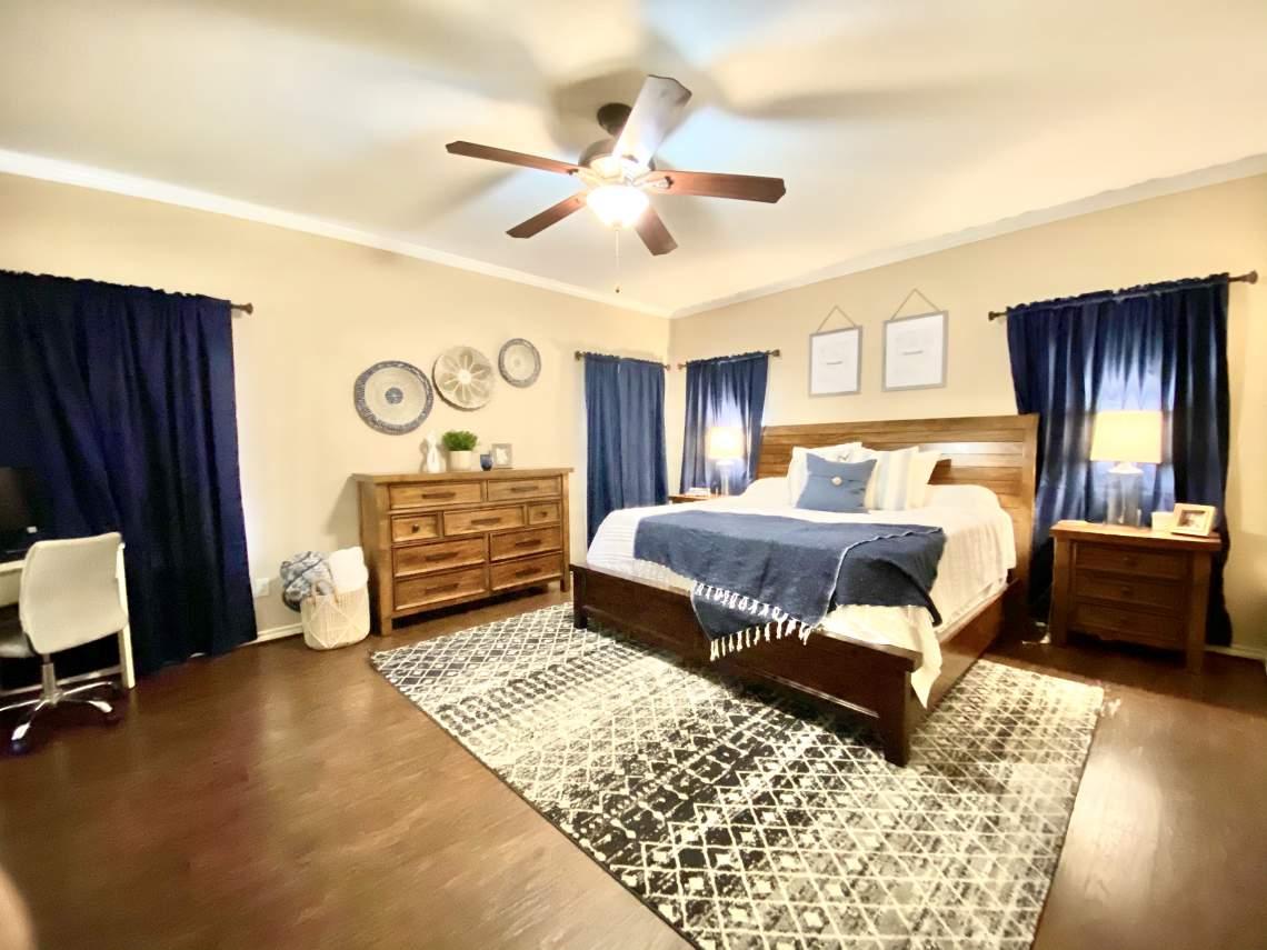 705 Meadow Oaks, Dripping Springs TX 78620